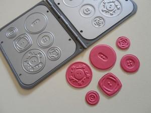 Sweet-Buttons-Embosslits